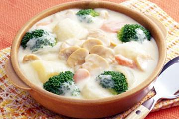 クリームシチューはリメイクして2倍味わおう♪お勧めレシピ4選☆のサムネイル画像