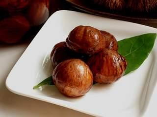 今年は是非マスターしよう!秋の味覚、栗の渋皮煮のレシピ5選のサムネイル画像