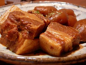 お家で簡単!豚ブロックを使った簡単レシピをご紹介します!のサムネイル画像