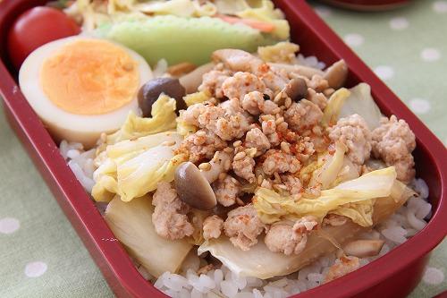 余った白菜でもう一品!お弁当のおかずにもおすすめのレシピ6選のサムネイル画像