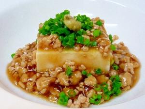 【豆腐でカロリー控えめ!】豆腐とひき肉のヘルシーレシピ♪のサムネイル画像