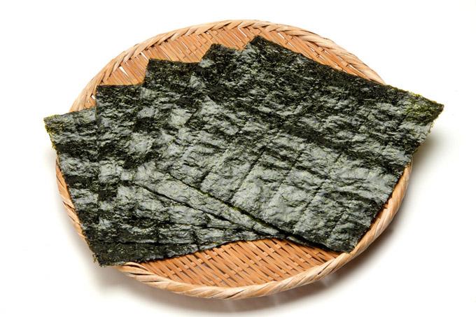 おにぎりによく使われる海苔!そんな海苔を使ったいろんなレシピのサムネイル画像