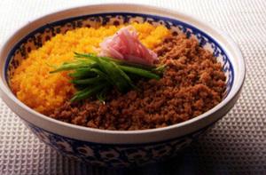 簡単で美味しい!手軽にできる!簡単そぼろ丼人気レシピ5選!のサムネイル画像