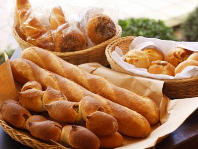 朝食にもランチにも♡ふわふわパンを作ろう♪使おう【パン】レシピ集のサムネイル画像