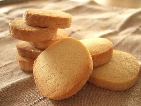 """大切な人に贈りたい手作りお菓子""""クッキー""""の人気レシピを紹介!のサムネイル画像"""