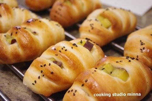 お家で簡単!パン屋さんでも人気の高いさつまいものパンのレシピ集のサムネイル画像