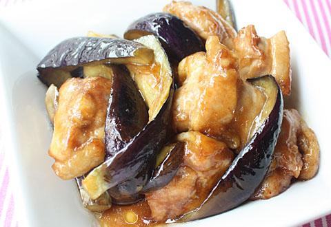 和洋中なんでもOK☆なすと鶏肉を組み合わせたおすすめレシピ5選♪のサムネイル画像