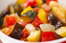 これから季節は野菜たっぷりラタトゥイユ!パスタでアレンジ!のサムネイル画像