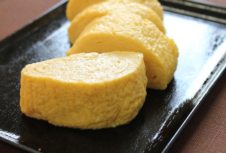 お弁当箱が特等席!美味しい「基本の卵焼きの作り方」を教えます♪のサムネイル画像