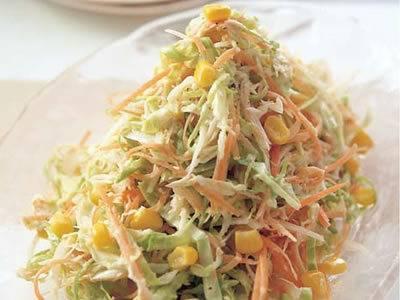 キャベツを使ったコールスロー!簡単美味しいサラダレシピ5選のサムネイル画像