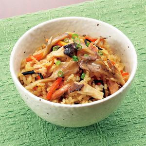 こんな使い方あったんだ!子供が喜ぶツナを使った炊き込みご飯4選のサムネイル画像