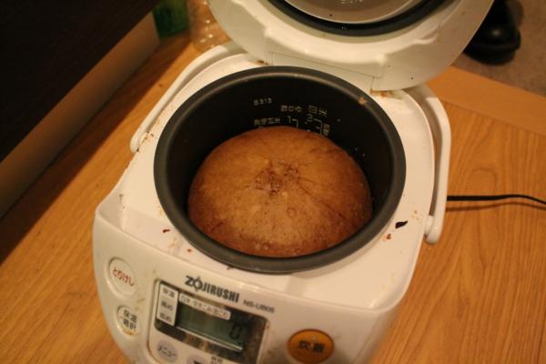 炊飯器スイーツ!ホットケーキミックスを使って炊飯器でお菓子作り!のサムネイル画像