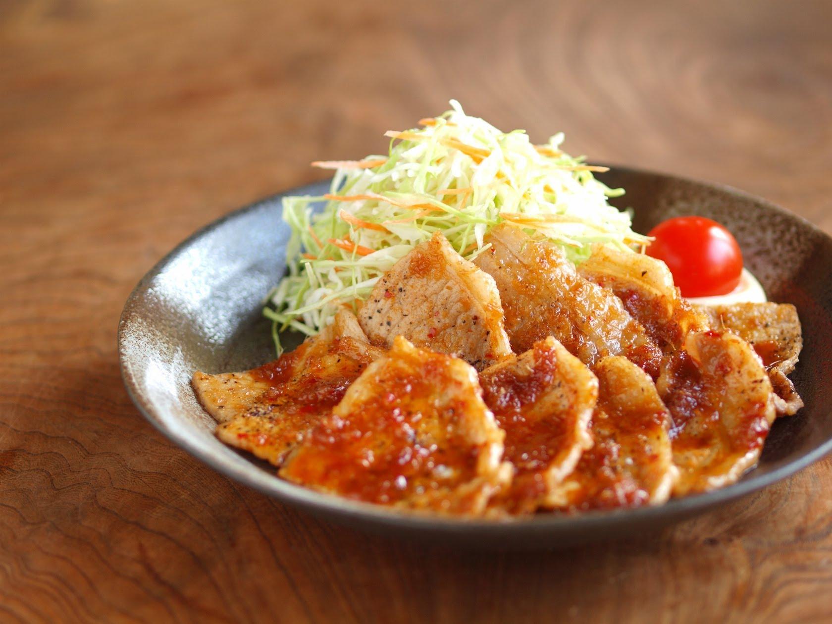 定番人気!豚肉の生姜焼きのおすすめレシピと作り方をご紹介♪のサムネイル画像
