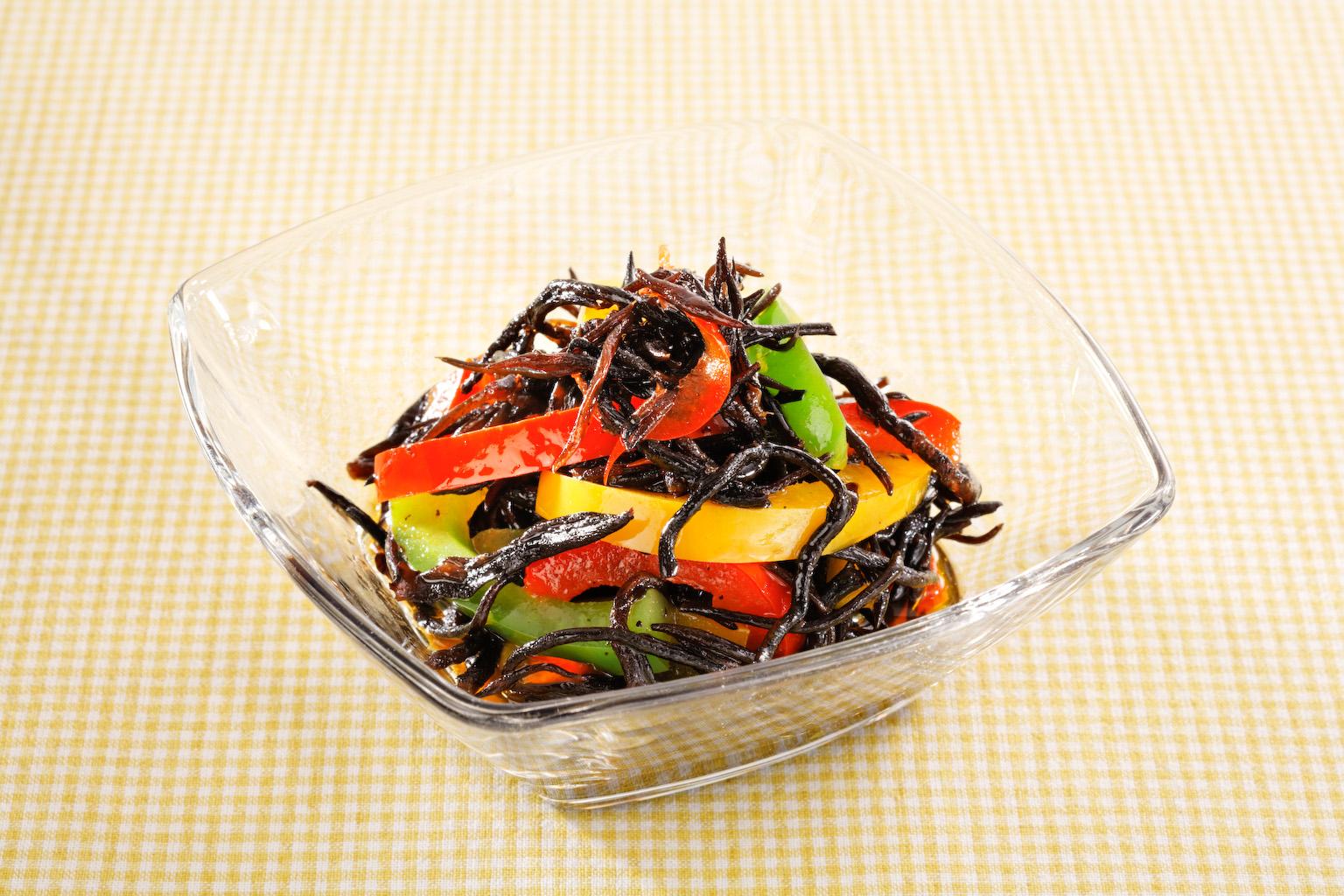 美容に嬉しいひじき☆煮物だけじゃない!ひじきの絶品サラダレシピ10のサムネイル画像