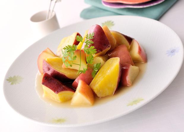 秋の味覚を味わおう♪さつまいもとりんごを使った絶品レシピ3選のサムネイル画像