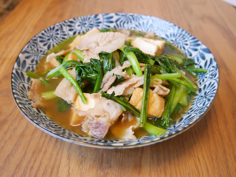 歯ごたえシャキシャキ小松菜を使ったほっこり煮物レシピ特選5選!のサムネイル画像