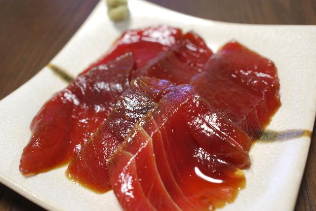 5種類のタレが決めて!とろっと濃厚なマグロの漬けレシピ5選のサムネイル画像