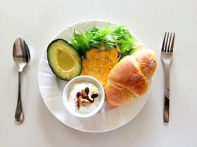 ひとりランチにも!簡単にできるおしゃれなカフェごはんレシピ5選のサムネイル画像