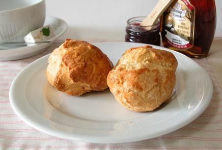 あのカフェの味も自宅で再現!おいしいスコーンの作り方3選のサムネイル画像