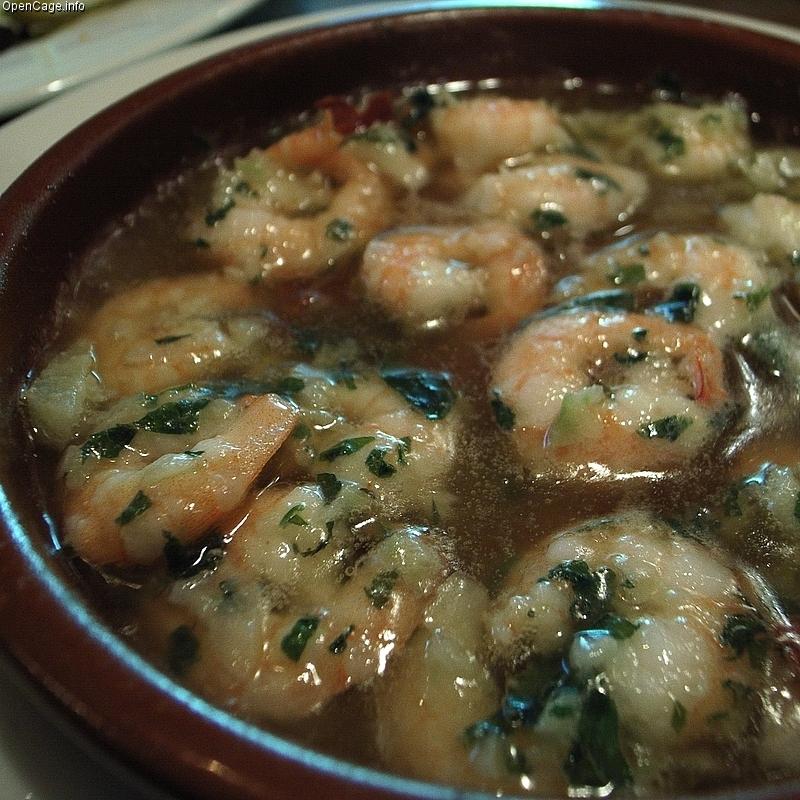 スペインバルで大人気。家でも美味しく!アヒージョ作り方特集です。のサムネイル画像