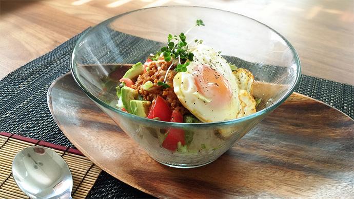 食欲がなくてもどんどん食べられる!夏においしい丼レシピ4選のサムネイル画像