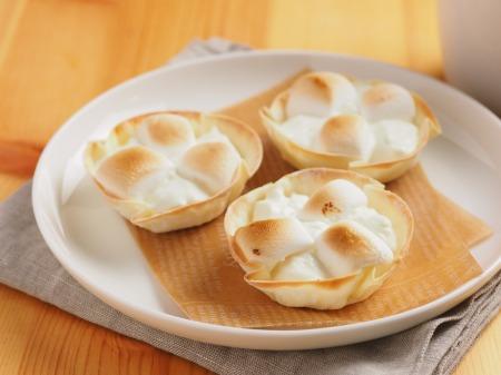 パリパリ食感がたまらない!餃子の皮を使ったお菓子の作り方3選のサムネイル画像