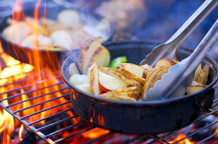 これさえ出来れば安心!初めてのキャンプでも戸惑わない簡単料理集のサムネイル画像