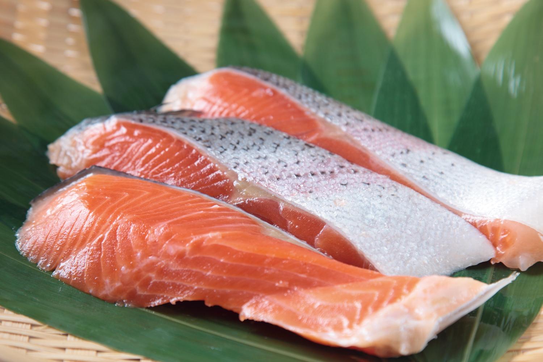 とっても便利な塩鮭を活用しましょう!塩鮭のアイデアレシピ5選のサムネイル画像