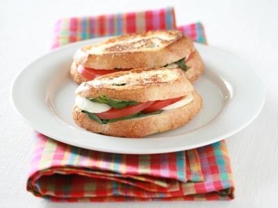 朝食におすすめ!!バリエーション豊かなホットサンドのレシピ5選のサムネイル画像