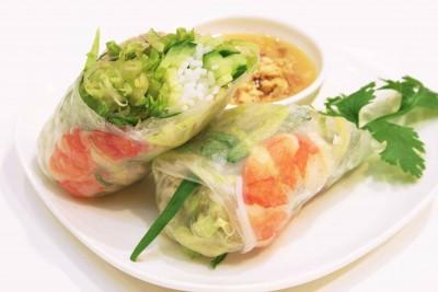 涼しげでさっぱり食べられる、生春巻きのおすすめレシピまとめのサムネイル画像