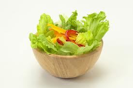 人気レシピで野菜不足を解消!おすすめ美味しいサラダレシピのサムネイル画像