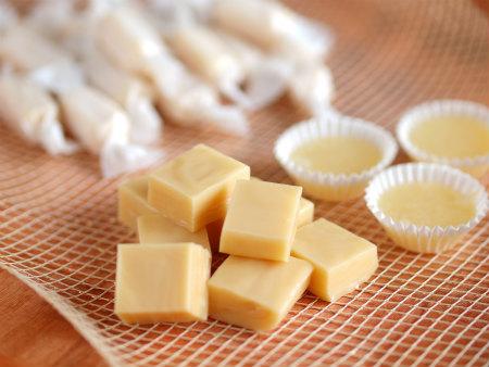 濃厚な甘さがたまらない!自宅で簡単にできるキャラメルの作り方5選のサムネイル画像