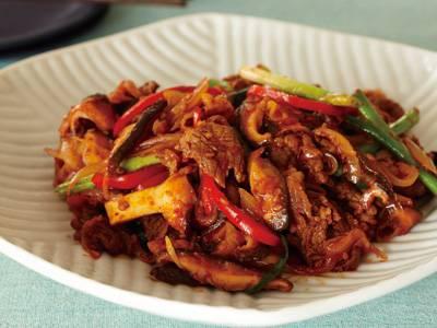 手軽に韓国料理を味わおう!簡単!プルコギのおすすめレシピ5選のサムネイル画像