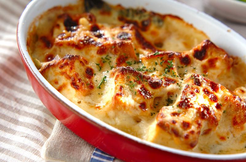 カロリーオフ!ヘルシーなお豆腐を使った豆腐グラタンレシピ5選のサムネイル画像