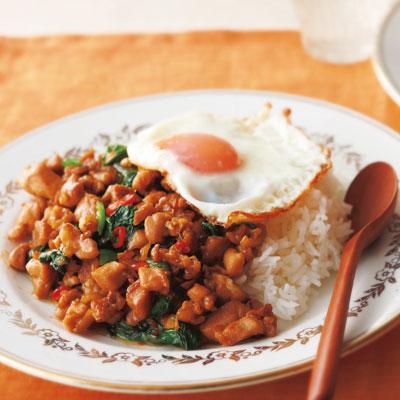 タイ料理に挑戦したい人におすすめ!ガパオライスの絶品レシピ集のサムネイル画像