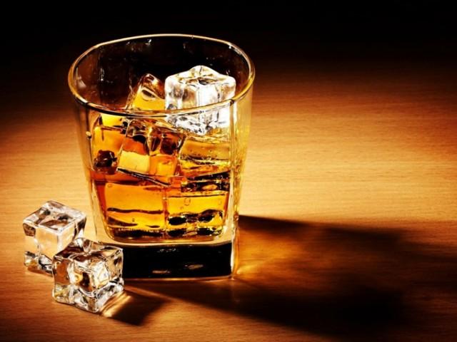 コレを知っていると自慢できる!! かっこいい『バーボンの飲み方』のサムネイル画像