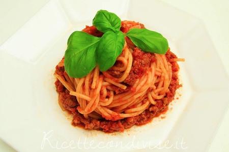 手作りこそ美味しい!皆大好きミートスパゲティの絶品レシピ集のサムネイル画像