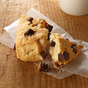 意外と簡単!?朝食やおやつにおすすめのスコーンの作り方5選のサムネイル画像