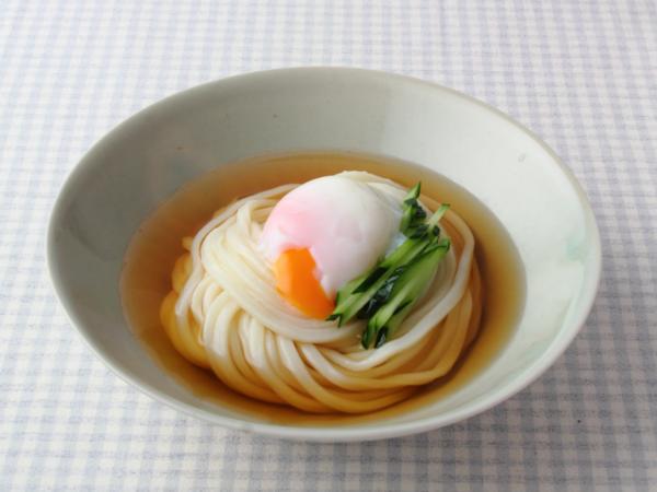 超簡単&最速!電子レンジで温泉卵を1分で作る方法を紹介します。のサムネイル画像
