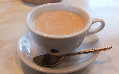 休憩時間に癒されよう!いつものカフェオレにちょい足しレシピのサムネイル画像