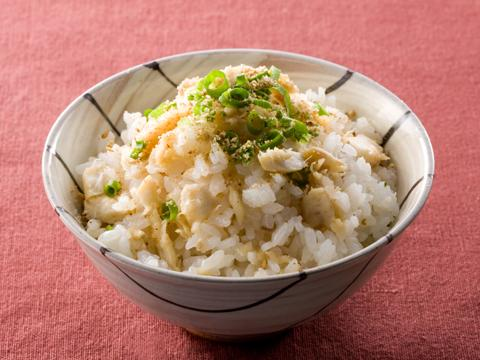 缶詰を使って簡単に!みんな大好き人気の混ぜご飯レシピをご紹介のサムネイル画像