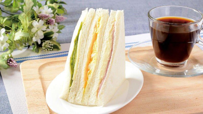 絶対必見!種類豊富なローソンのサンドイッチを一挙ご紹介しますよ!のサムネイル画像