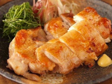鶏もも肉をつかった簡単人気レシピをまとめてご紹介いたします!のサムネイル画像