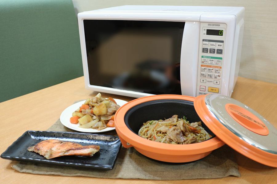 フライパンや鍋は使わない!電子レンジで作れる簡単おすすめ料理5選のサムネイル画像