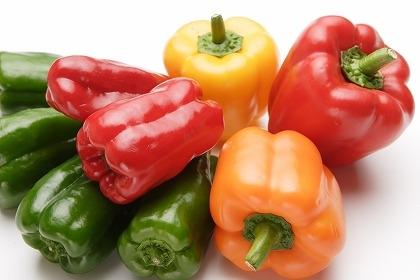 美容や健康にも!!彩りキレイなパプリカを堪能する人気レシピのサムネイル画像