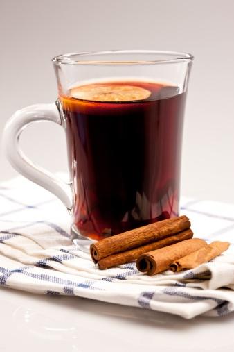 寒い夜はこれに限ります♪ホットワインの簡単美味しいレシピ5選のサムネイル画像