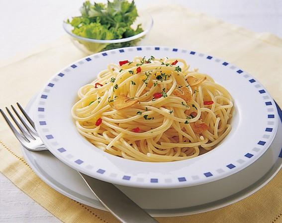 パスタの定番!ペペロンチーノの美味しい作り方ご紹介します!のサムネイル画像