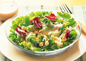 必見!!ヘルシーで美味しいサラダの人気レシピをご紹介します♪のサムネイル画像