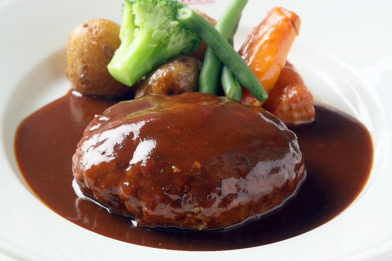 みんな大好きハンバーグ!簡単で美味しいハンバーグレシピをご紹介♪のサムネイル画像