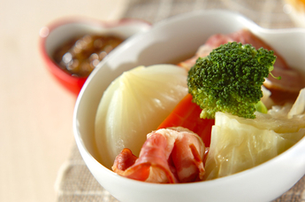 野菜がたっぷり食べられる洋風おでん!ポトフの人気レシピまとめのサムネイル画像